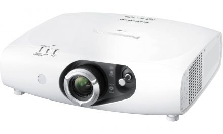 PANASONIC PROJECTOR RZ370